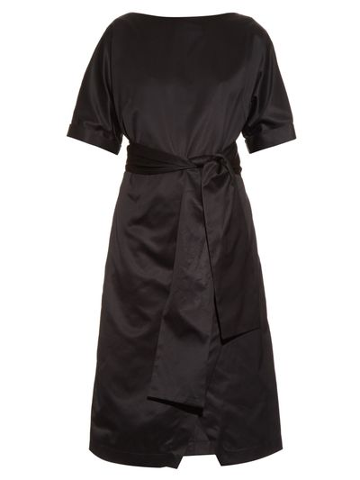 "<a href=""http://www.matchesfashion.com/au/products/Osman-Hemera-cotton-sateen-dress-1039274"" target=""_blank"">Dress, $903, Osman at matchesfashion.com</a>"