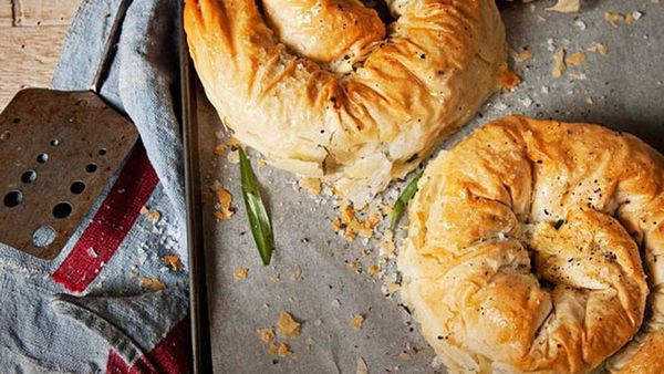 """<a href=""""http://kitchen.nine.com.au/2016/05/13/13/53/chicken-cheese-filo-scrolls"""" target=""""_top"""">Chicken and cheese filo scrolls<br /> </a>"""