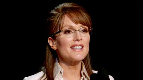 First look: Julianne Moore's Sarah Palin impersonation