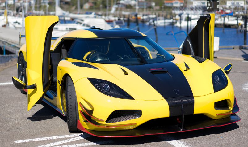 Swedish hypercar Koenigsegg Agera RS is the world's fastest car with ...