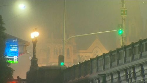Thick fog has forced Jetstar to cancel two flights out of Melbourne this morning. (9NEWS)