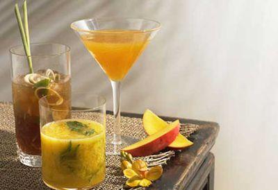 Mango and basil bellini