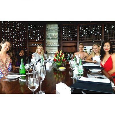 Lunch with six bachelorettes!