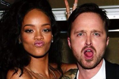 Rihanna's life is now complete... after tracking down <i>Breaking Bad</i> star Aaron Paul for this oh-so-awesome selfie.