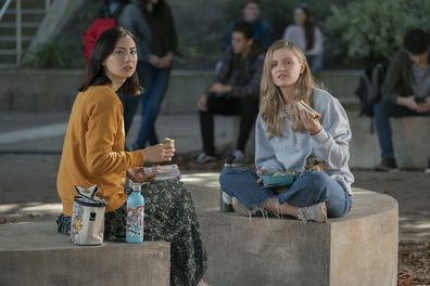 Best friends Claudia and Vivian, played by Lauren Tsai and Hadley Robinson in Moxie