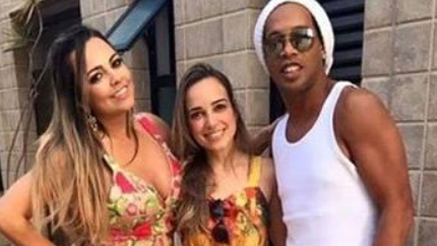 Ronaldinho to marry two women at once