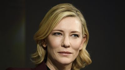 Cate Blanchett tells summit 'refugees deserve more compassion'