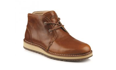 "<a href=""http://www.sperry.com.au/dockyard-chukka-tan-xs14187-000"" target=""_blank"">Sperry Dockyard Chukka Boot, $219.95.</a>"