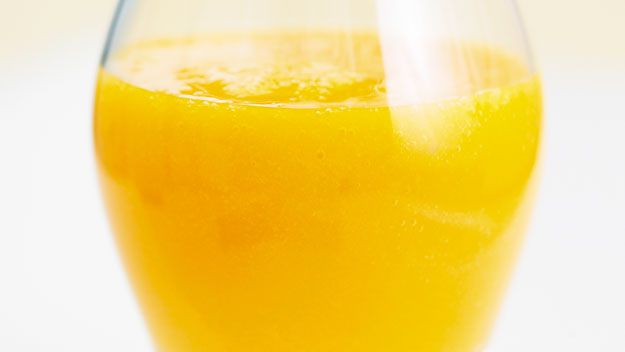 Mango and grapefruit juice