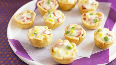"<a href=""http://kitchen.nine.com.au/2016/05/16/20/10/cauldronettes"" target=""_top"">Cauldronettes<br /> </a>"