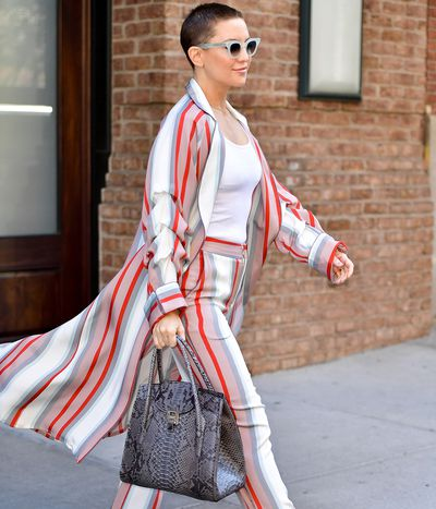 Kate Hudson steps out with her edgy buzz cut in New York City September 2017