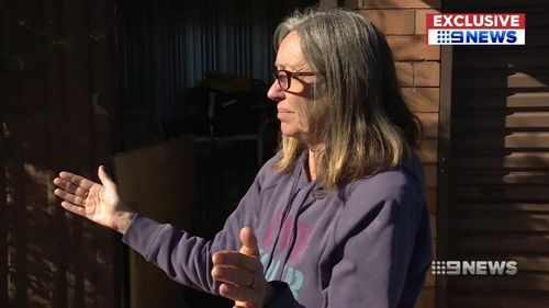 Wollongong woman Cheryl Murphy describes the moment she confronted the bandit, scaring him away. Picture: 9NEWS