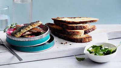 <strong>Soused sardines on toast</strong>