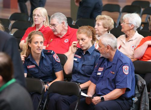 Emergency workers and the public at a public memorial service in the Melbourne Royal Exhibition building to commemorate the first anniversary of the Bourke Street tragedy. (9NEWS)