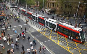 Sydney's light rail gets a 'thumbs up' during first peak hour test