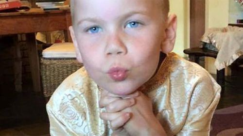 Doctors disagree on boy's cancer treatment