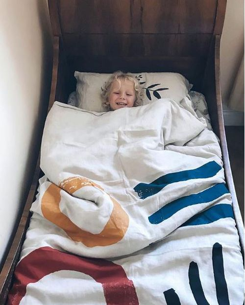 Alby, 3, just 40 minutes before he died in his mother's arms. Mum Anna worked frantically to save him, but within moments he had died in her arms. (Instagram/The.Small.Folk)