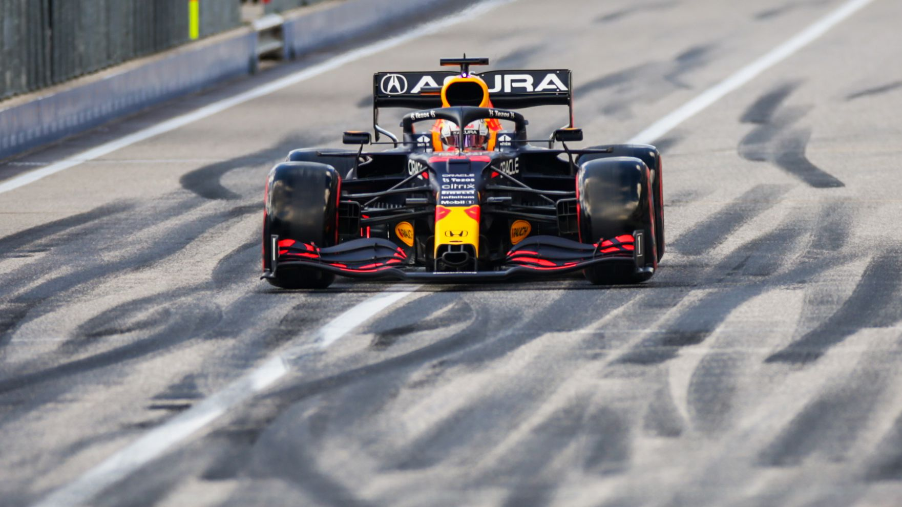 Red Bull star claims pole after fiery US qualifying