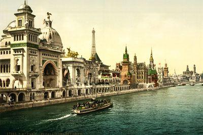 Quai des Nations in Paris, 1900