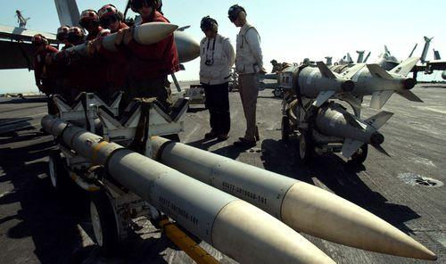 AMRAAM type air-to-air missile.