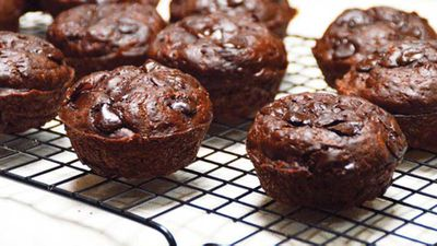 <strong>Choc-zucchini muffins</strong>