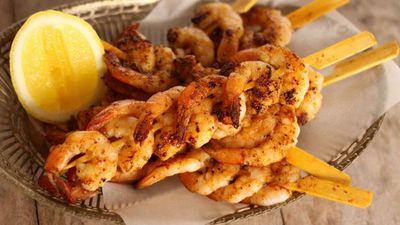 "<a href=""http://kitchen.nine.com.au/2016/06/06/13/24/bbq-spiced-prawn-skewers"" target=""_top"">BBQ spiced prawn skewers<br> <br> </a>"