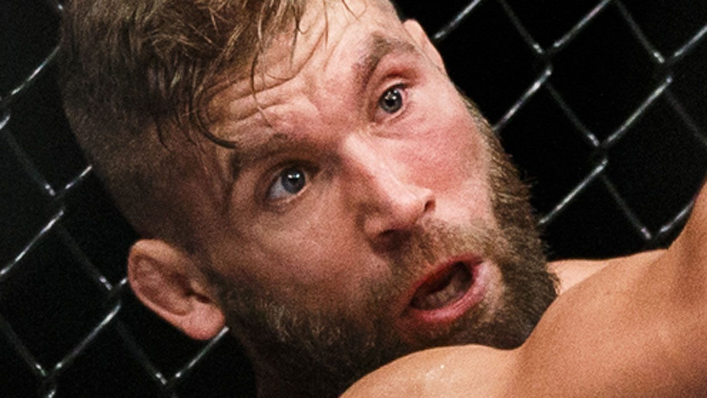 Jeremy Stephens pelted by fans after eye poke no-contest at UFC Mexico City