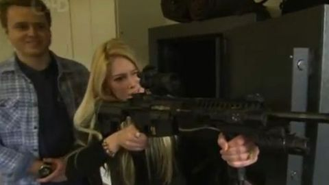 heidi montag and spencer pratt with a gun