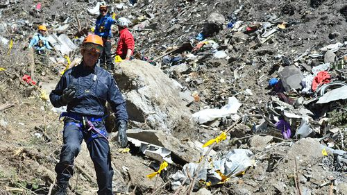 Germanwings relatives launch legal action against Lufthansa