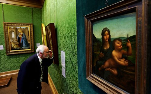 There are thought to be only two Leonardo da Vinci paintings held in private collections. The Madonna of the Yarnwinder, pictured here on loan to National Gallery of Scotland, is one of them. (Getty)