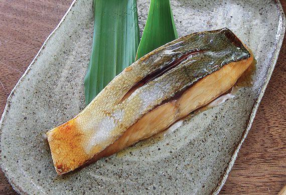 Hideo Dekura's teriyaki kingfish
