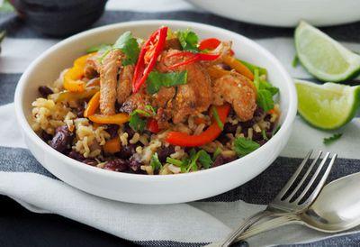 """Recipe:<a href="""" /recipes/iquinoa/9107296/chicken-fajita-bowl """" target=""""_top"""" draggable=""""false"""">Chicken fajita bowl</a>"""