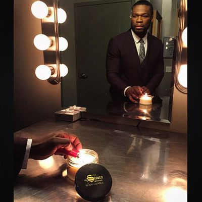 <p>50 Cent is really into that luxury Sitota candle.</p>