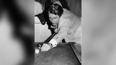 Fraser playing pool at the West Australian Italian Club, 12th December 1977. (Getty Images)