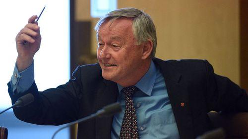 Labor Senator Alex Gallacher dies after battle with lung cancer