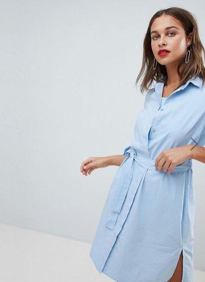 """<a href=""""http://www.asos.com/au/mamalicious/mamalicious-nursing-shirt-dress/prd/9212709?clr=blue&amp;SearchQuery=shirtdress&amp;gridcolumn=1&amp;gridrow=15&amp;gridsize=4&amp;pge=1&amp;pgesize=72&amp;totalstyles=818"""" target=""""_blank"""">ASOS Mamalicious Nursing Shirt Dress in Blue, $89</a>"""