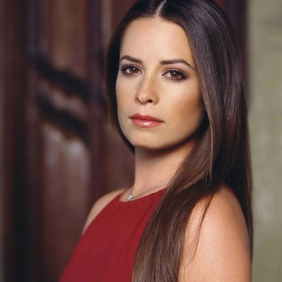 Holly Marie Combs as Piper Halliwell: Then
