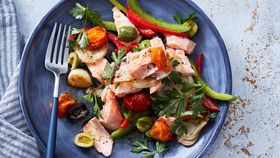 Flaked salmon with mediterranean medley