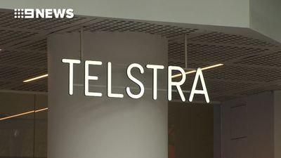 Telstra profit plunges 8.9 percent to $3.5 billion