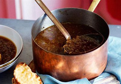 Make: Onion soup with beer