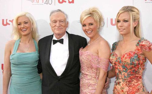 Holly Madison, Bridget Marquardt (middle) and Kendra Wilkinson were Hef's three girlgriends between 2004 and 2008. (AAP)
