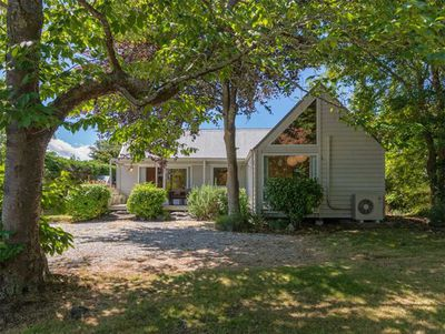 Copper Beech Cottage, Lake Taupo