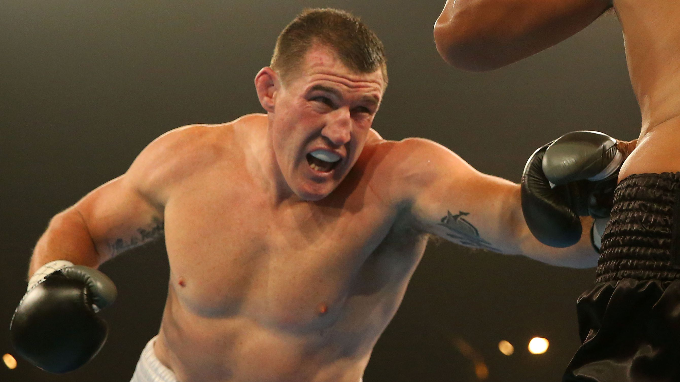 Barry Hall vs Paul Gallen boxing: fight ...