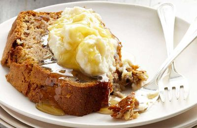 "<p>Recipe:&nbsp;<a href=""With bananas in peak season right now, it's the perfect time to whip up this luscious looking classic banana bread recipe by Aussie chef and Coles Fresh Advisor, Curtis Stone.  Click through for more of our favourites."" target=""_top"" draggable=""false"">Curtis Stone's banana and walnut bread</a></p>"