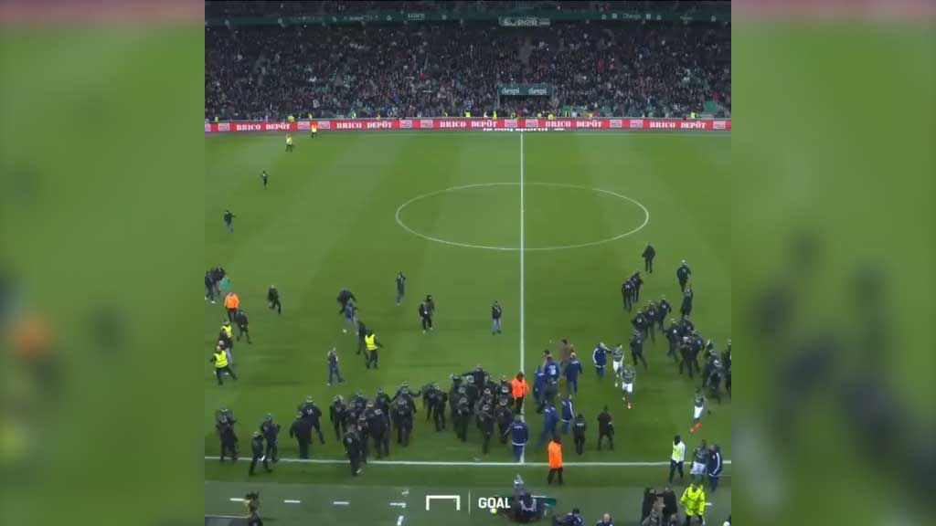 St Etienne fans invade pitch after humiliating defeat