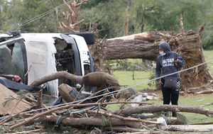 At least 30 killed as tornadoes rip through America's southern states