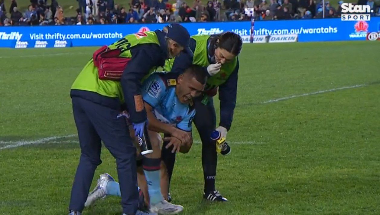 Super Rugby trans-Tasman: Waratahs' winless season ends with 40-7 battering at Brookvale Oval