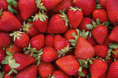 Strawberries: 5g sugar per 100g