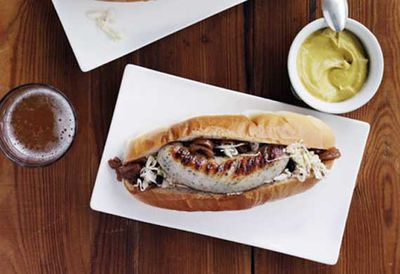 Weisswurst with beer-braised onion