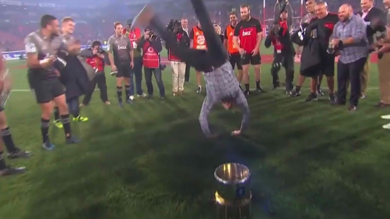 Robertson celebrates title with breakdance